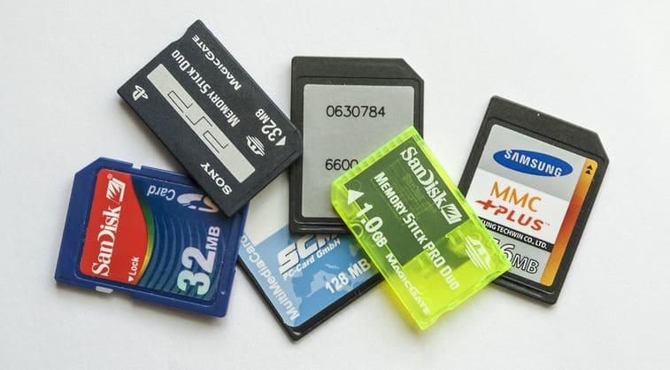 Switchで使えるSDカードの種類と値段